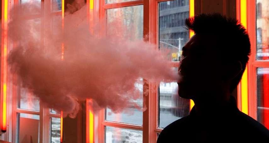 「捷運裡吞雲吐霧無法可罰!」王鴻薇籲北市府快訂電子煙管制條例