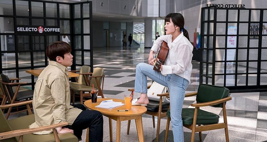 情場失意、職場夾殺,30+姊姊們如何在生活夾縫中求活?台日韓劇訴盡職場女性困境