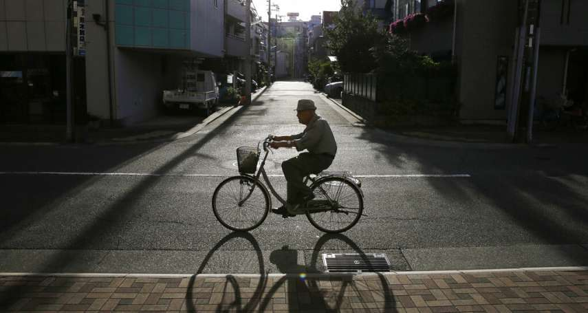 你不知道的貧窮日本:靠打零工年收百萬日圓,晚上找不到地方過夜的「麥當勞難民」
