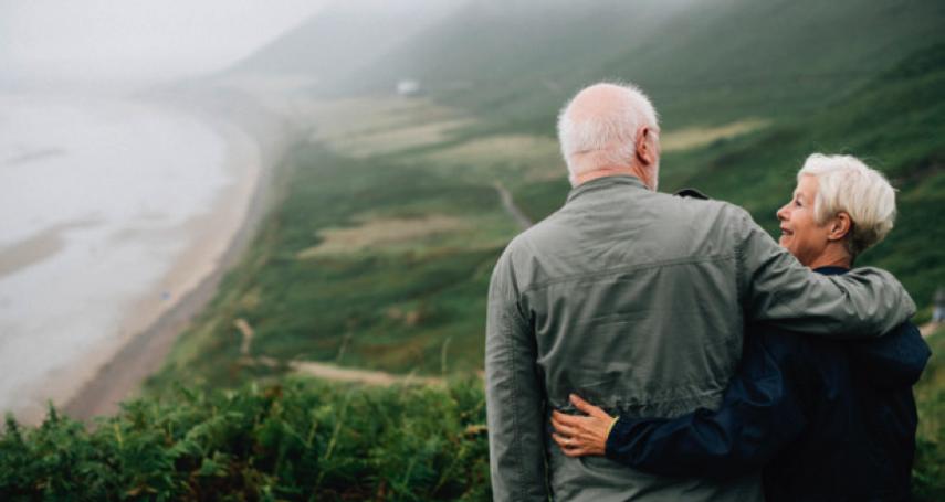 銀髮族不再養兒防老,自己的退休規劃需要提早安排