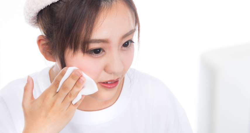 保養臉部用「化妝水」根本多此一舉!皮膚科醫師道出它真正的功能其實是…