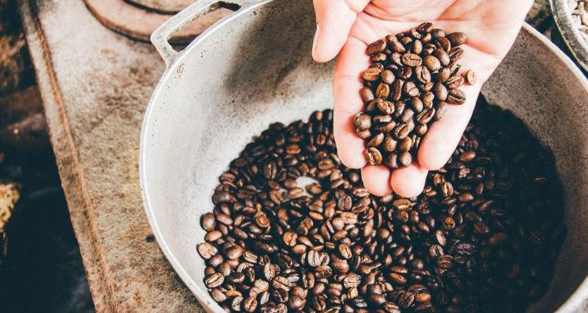 一天喝一甕!法國文豪嗜飲咖啡,卻因此短命離世…原來咖啡豆「這個成分」能取人性命