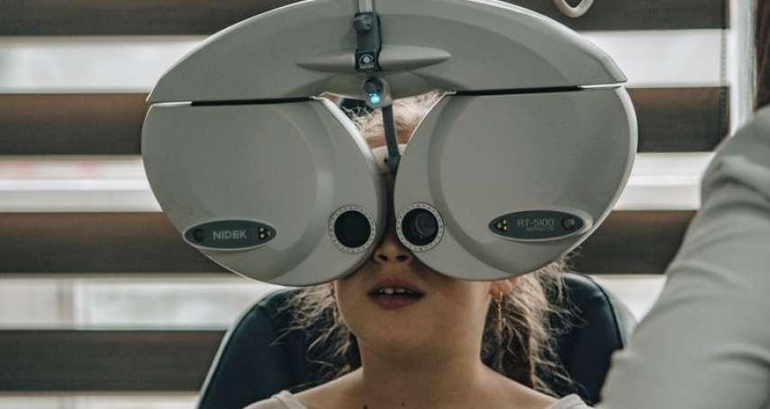 為何「快速配鏡」那麼多,傳統眼鏡店還能活?從業30年驗光師點出3大差異,搶快絕非好事情