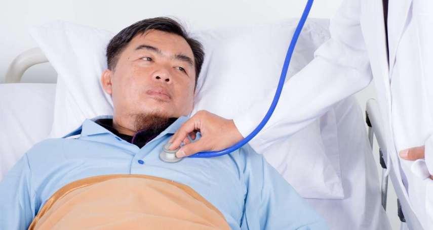 飯後頻頻打嗝、乾咳不止?恐是胃食道逆流上身!中醫師分享四大防範秘訣,保你遠離火燒心