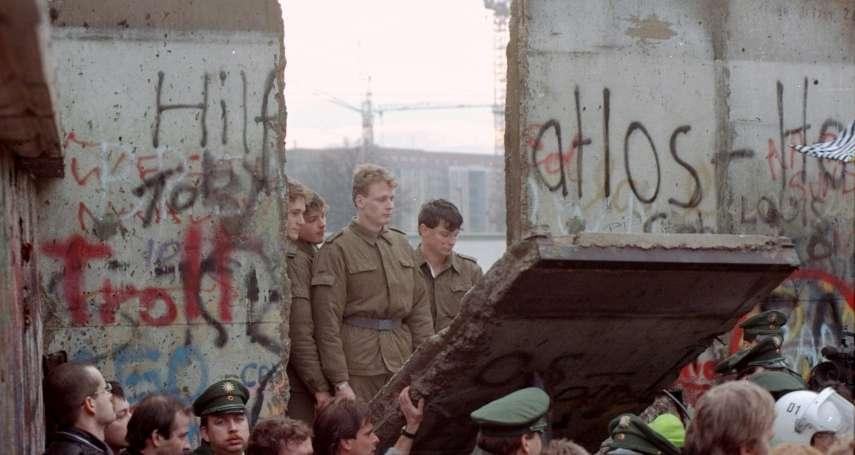 貧窮,但性感!傷痕累累的鐵幕孤島,轉身成為負債首都……柏林統一後如何重生?