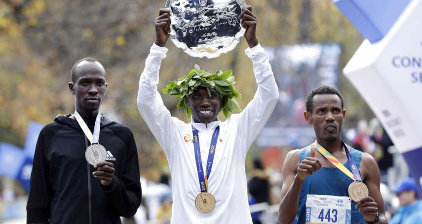 紐約馬拉松官網寫著「尋無記錄」卻跑出第三名的神祕選手,4萬美金獎金將翻轉人生!