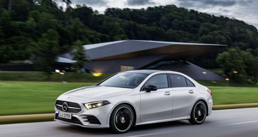 Mercedes-Benz全車系換購好時機 本月入主S-Class享頂級溫泉饗宴再加碼前進蔡依林演唱會