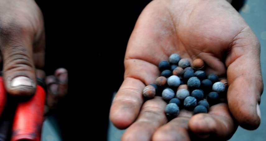 橡膠子彈只有20%是橡膠?智利示威逾220人失明 警方停用橡膠「鳥彈」