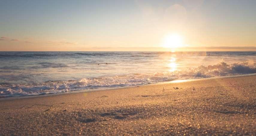 跨年卡位戰開打,還沒選好「迎新」去處嗎?金色日出、海島仙境,全台第一道曙光地點曝光!