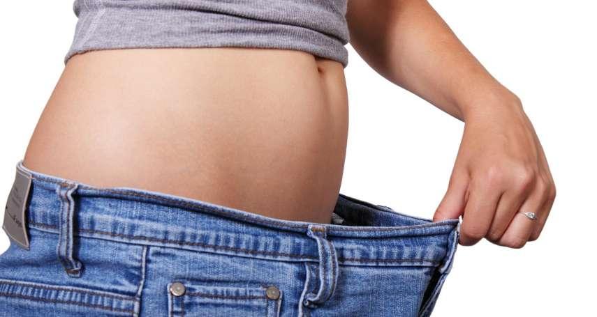 一天餓肚子18小時是健康之鑰?最新研究:間歇性斷食不只讓你減輕體重,還有助於延年益壽!