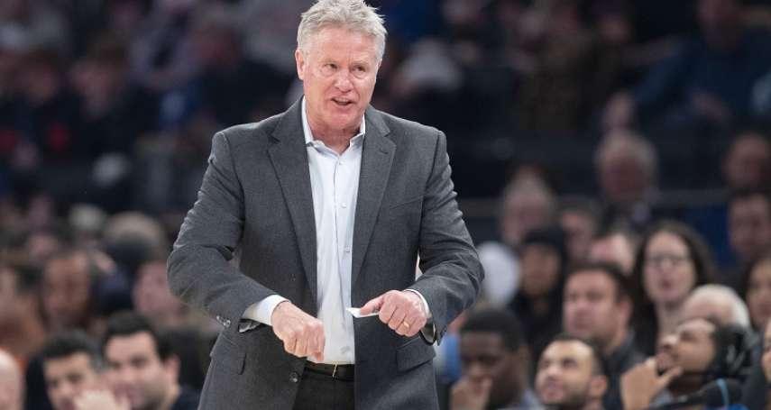 NBA》偷暗號籃球場上也可行?! 76人教頭這麼說
