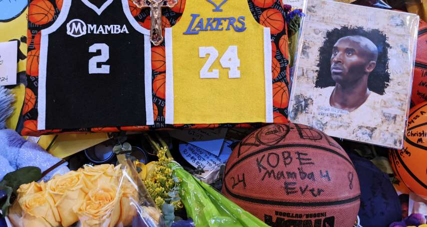 NBA》2萬5千根蠟燭、1300顆籃球追憶布萊恩,現場無爭吵只有悼念,粉絲感動:實在太美!