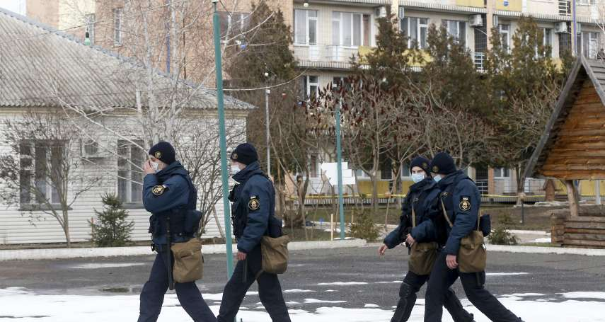 大眾害怕武漢肺炎擴散 烏克蘭衛生部長:自願與撤回公民一起隔離