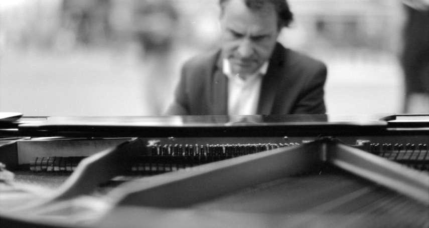 美國研究:大腦記憶音樂的區塊不受阿茲海默症萎縮影響!疑可藉熟悉的音樂減輕症狀