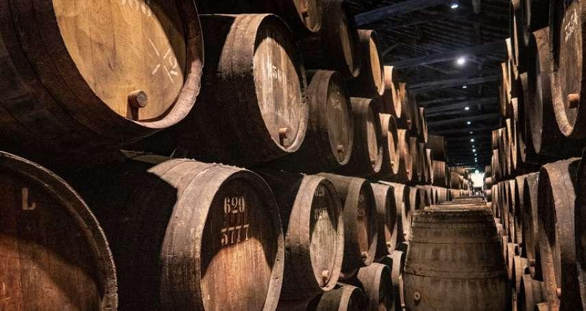 威士忌原酒這麼貴,帶去聚會就是全場王牌?達人點破迷思:聚餐喝原酒未必適合
