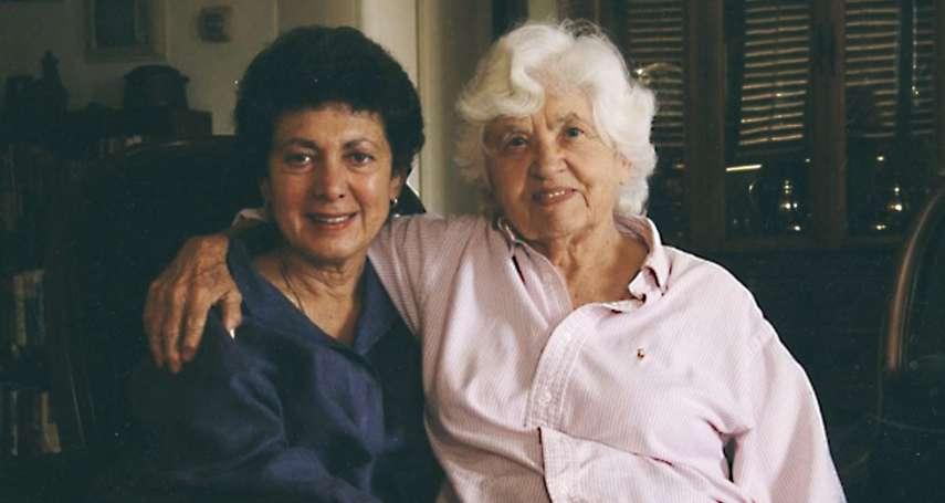 從「母女」到伴侶:美國女子成家半世紀的秘密愛情故事