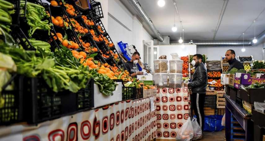 沒體力跟年輕人搶購掃貨,該怎麼辦?美國超市祭出這招保護銀髮族