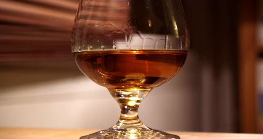 全球暖化的意外受害者是它!「干邑白蘭地」葡萄品種早熟影響風味,法國酒莊被迫測試新原料