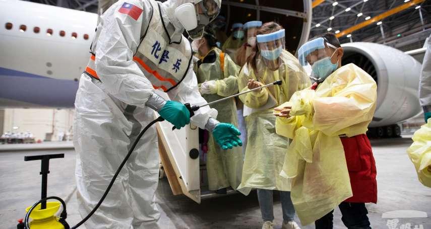 連機棚地面都不放過!化學兵再出動 高規格執行「類包機」清消任務