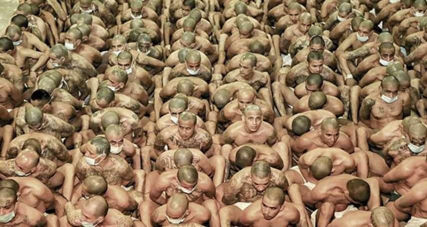 1天22起謀殺!薩爾瓦多監獄祭重罰「零距離」擠沙丁魚畫面超驚悚