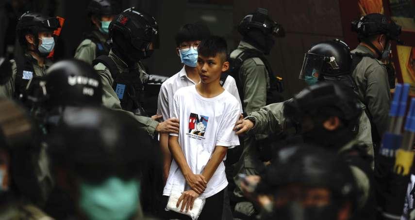 香港再爆示威!抗議「港版國安法」、國歌條例接連強度關山 警方發射胡椒彈、至少240人被捕