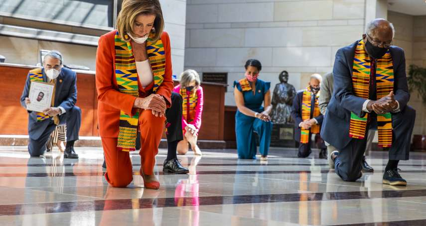 美國示威》民主黨國會議員身披非洲傳統「肯特布」 提法案推動全面警政改革