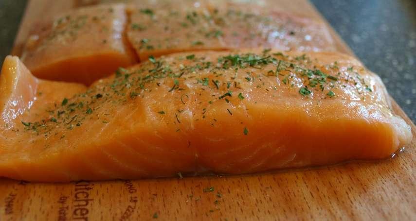 中國疫情「二度爆發」竟想賴給鮭魚?挪威海產協會怒發聲明狠打臉