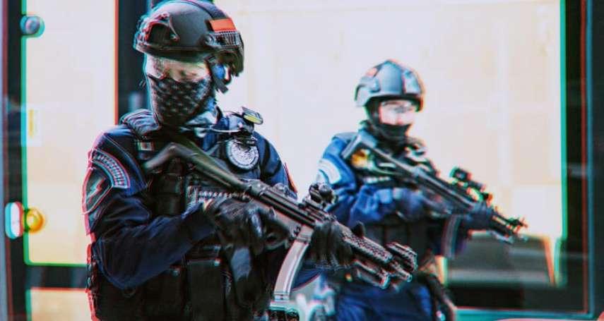 首度曝光!高雄輕軌反恐演練 霹靂小組壓制持槍暴徒