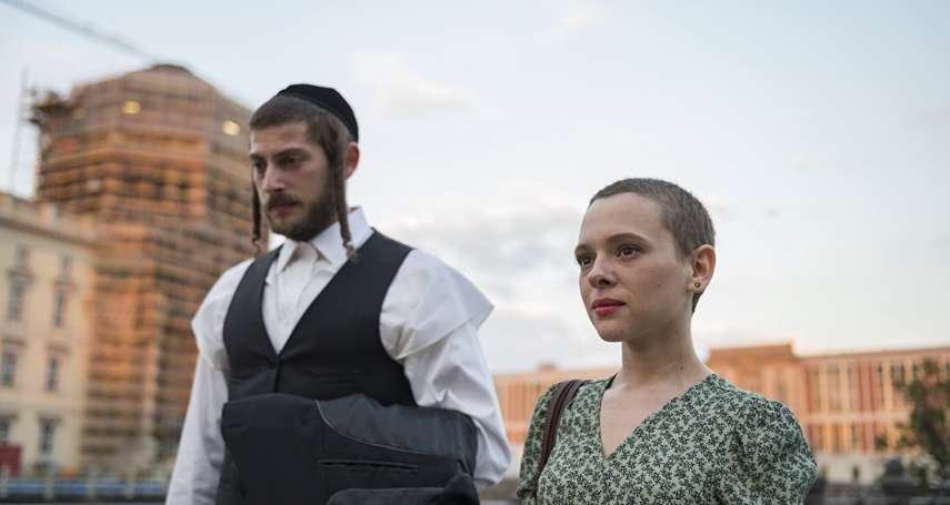 開拍首日就全裸入鏡、剃光頭髮 Netflix《出走布魯克林》女主角:演這部戲是個禮物