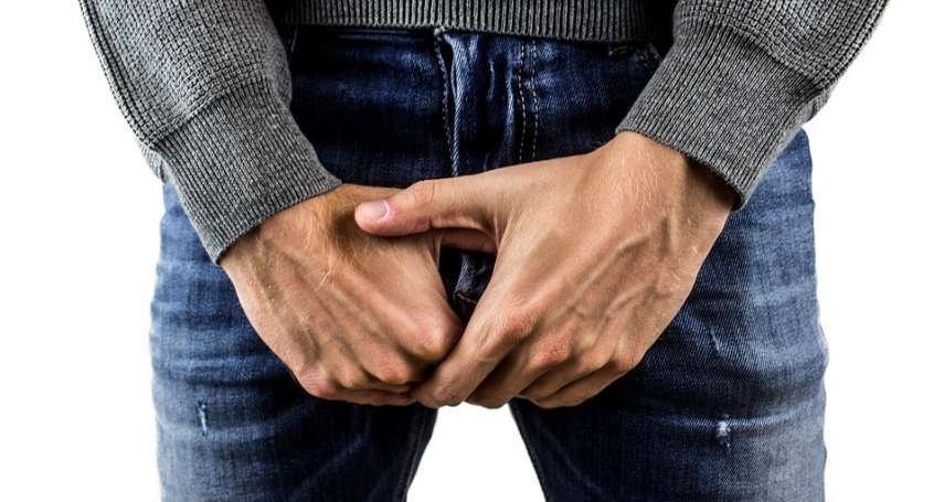 包皮過長「男人味」大噴發!醫生警告:這些情況不割掉恐影響性功能