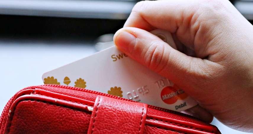 購物老是分期付款,小心掉進財務黑洞!理財規劃師:別被分期零利率騙了