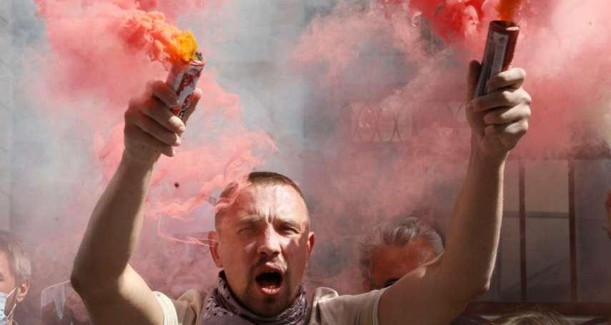 白羅斯示威民眾要求萬年總統下台 「歐洲最後獨裁者」威脅再度血腥鎮壓