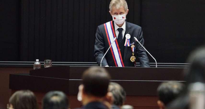 引述甘迺迪名言 韋德齊立院演說以中文高喊「我是台灣人」