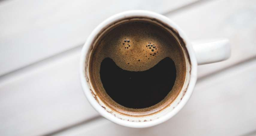 喝茶、咖啡幫助減重、改善水腫?營養師:不是人人都能喝,這3種人不宜!