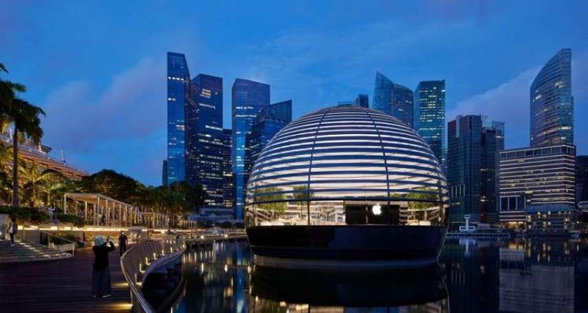 以萬神殿為靈感的光之饗宴,首座水上Apple Store新加坡開幕!