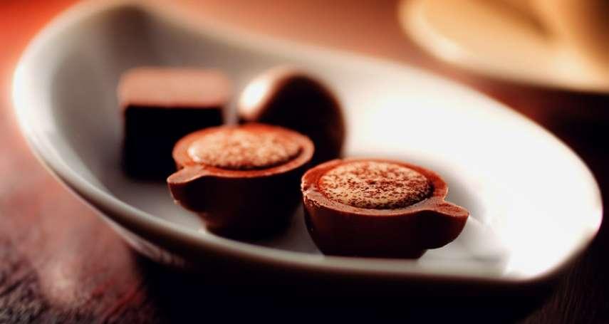 吃巧克力有什麼好處?研究顯示:每週吃超過一次,能降低這個疾病發生機率
