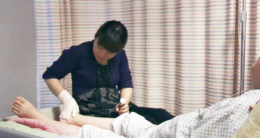 越南看護在台逃跑4094天!資深導演跟拍她6年真實生活,驚見最強大人性:覺得我們都輸了