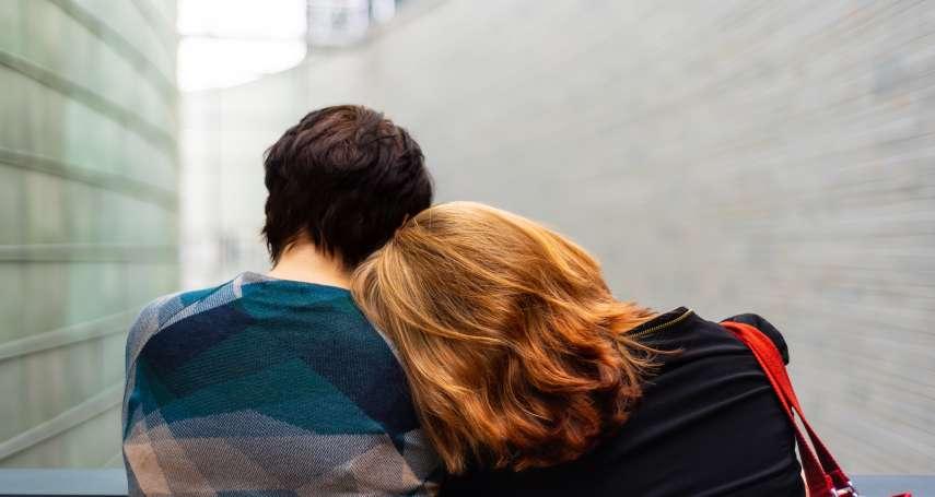 阿嬤竟然有女朋友?70歲的她揭開3段愛情故事神秘面紗,比年輕人的戀愛更精彩