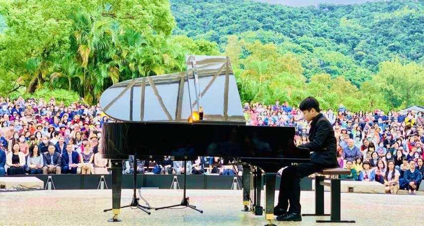 蕭邦誕辰210周年》波蘭鋼琴家戶外獨奏 駐台代理代表李波:共享音樂饗宴