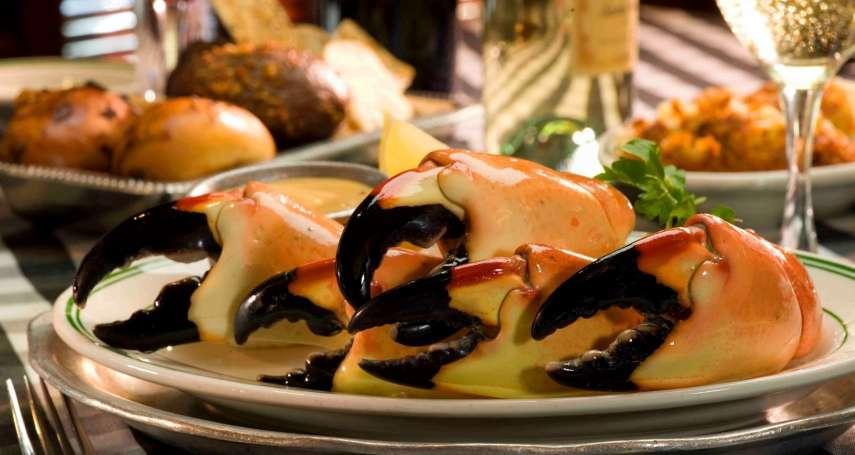 每年只開7個月,竟能淘金超過11億!百年來只賣蟹螯,揭祕全美最賺錢餐廳獨家經營心法
