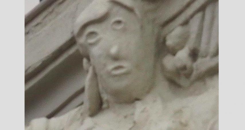 西班牙又有文物被「毀容」!修復人士弄巧成拙 百年雕像淪卡通人物 畫家酸:「基督人猿像」有對手了
