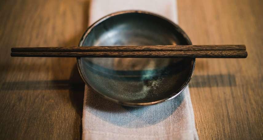總是一大把筷子一起洗?小心把細菌、致癌物吃下肚!常見洗筷、收納4大地雷趕緊改掉
