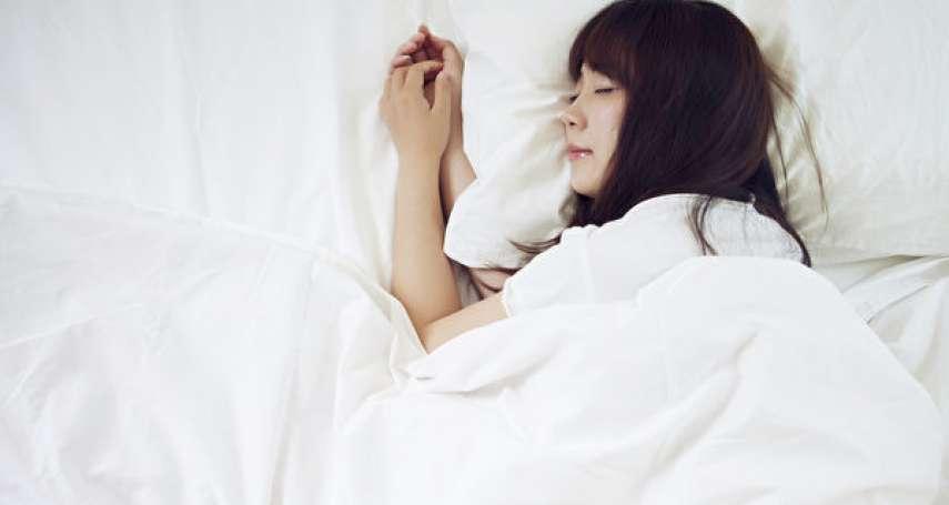 假日宅在家狂睡,小心越睡越胖!醫師揭過度睡眠的3個超慘下場,根本就是惡性循環
