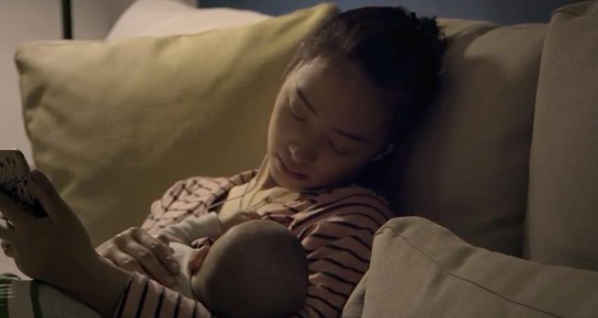 住進月子中心,沒幫小孩餵母奶被認為超自私!心理師揭逼死女人的餵母乳文化