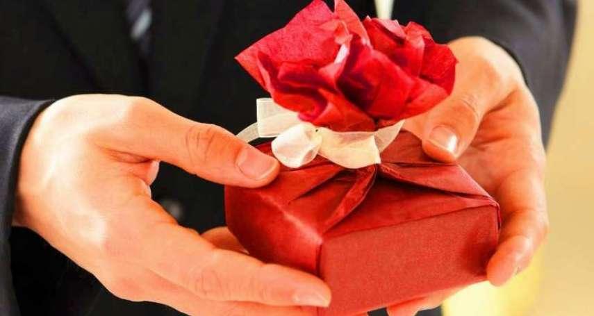 交換禮物建議》聖誕節千萬別送!她公開5種最爛交換禮物,不想得罪人就趕快避開