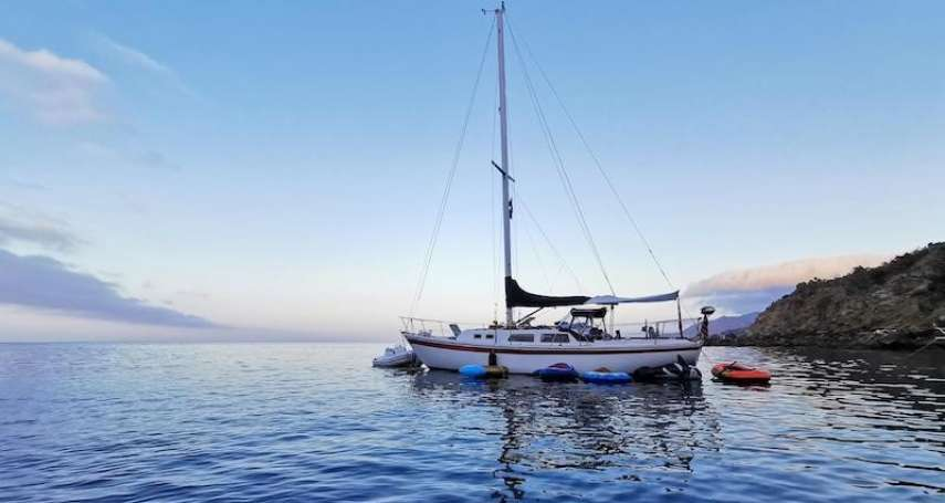航行一個月!7台人自馬來西亞駕帆船返台卻無報關,經協調後終於能下船檢疫