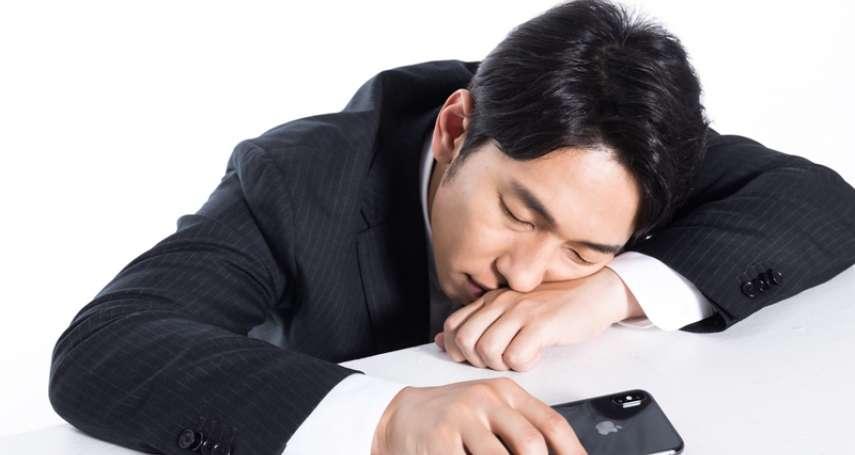 中午趴下睡一睡竟一覺不醒…腦中風全台每5人就有3人失能,尤其這年紀最危險!