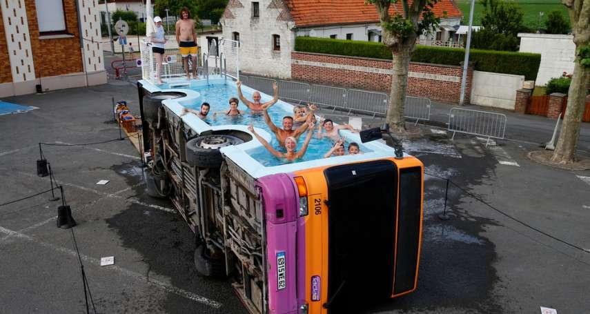 法國藝術家Benedetto Bufalino物盡其用,報廢車成為最實用的裝置藝術!