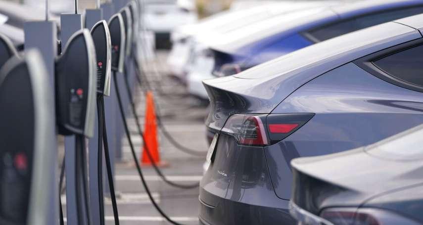 電動車稱霸的年代來了!彭博新能源財經:6年內,電動車生產價格將低於燃油車