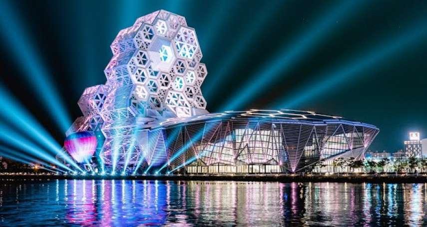 2022台灣燈會照亮港都!史上首次「雙場域」 試燈璀璨畫面曝光
